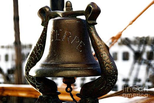 Linda Knorr Shafer - Euterpe Bell