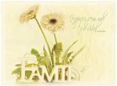 Family Circle  by Sandra Rossouw