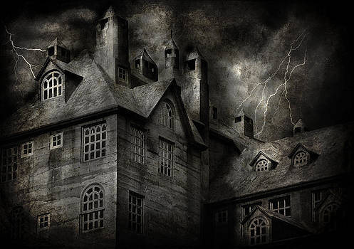 Mike Savad - Fantasy - Haunted - It was a dark and stormy night