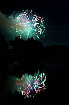 James BO  Insogna - Fireworks on Golden Ponds.