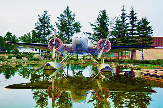 Daryl Macintyre - Float Planes