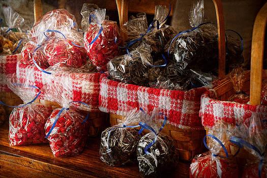 Mike Savad - Food - Candy - Licorice Bites