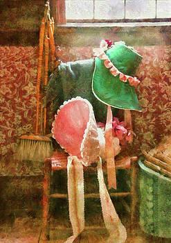 Mike Savad - Furniture - Chair - Bonnets
