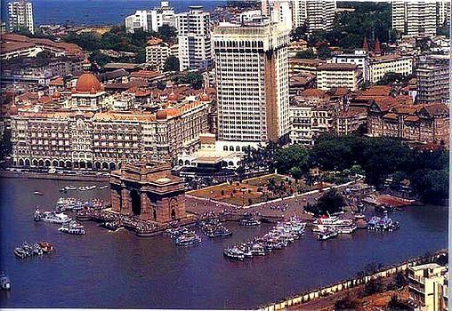 Xafira Mendonsa - Gateway of Mumbai