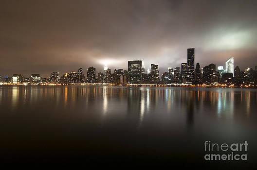 Ghostly skyline by Darwin Lopez