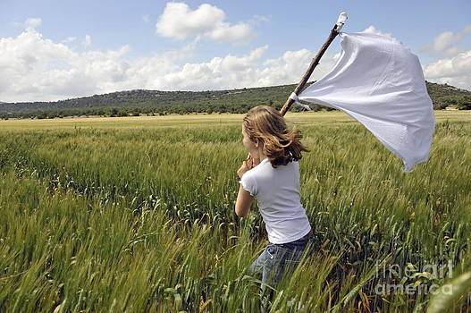 Sami Sarkis - Girl with a white flag in wheat field