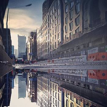 Good Morning, Igers. #nyc by John De Guzman
