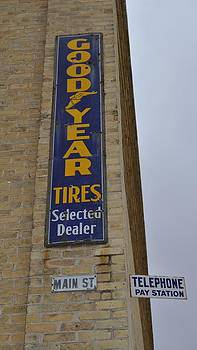 Daryl Macintyre - Good Year Tires - l