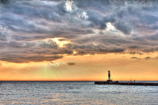 Grand Haven North Lighthouse by Jeramie Curtice