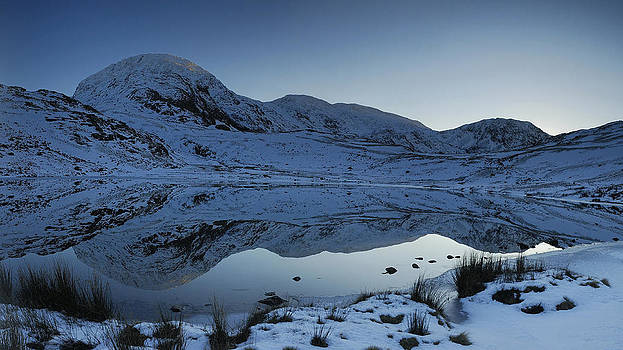 Great End and Styhead Tarn reflections by Stewart Smith