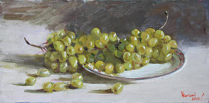 Ylli Haruni - Green Grapes