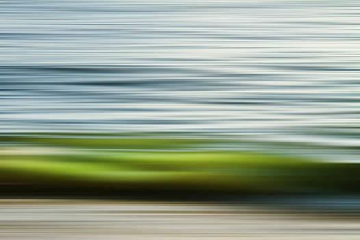 Green Wave by Antonio Arcos