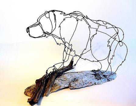 Grizzly Bear Wire Sculpture by Bud Bullivant