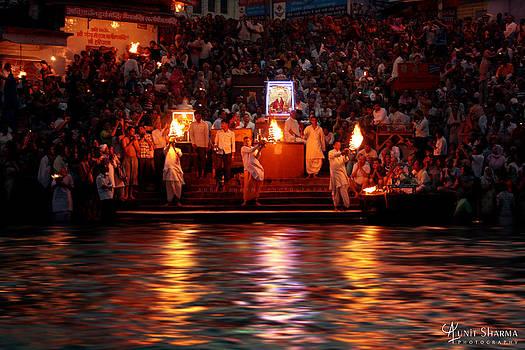 Haridwar by Aunit Sharma
