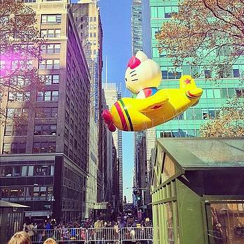 #hellokitty! #nyc #macysparade by John De Guzman