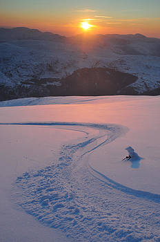 Helvellyn Sunset Skiing by Stewart Smith