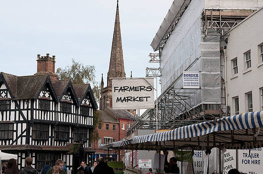 Hereford Farmers Market by Simon Clare