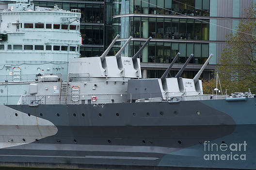HMS Belfast Guns by Andrew  Michael