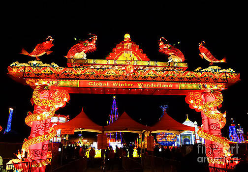 Xueling Zou - Holiday Lights 11