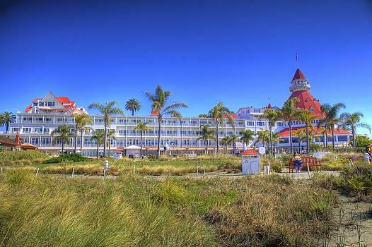 Hotel Del Coronado  by Robbie Snider