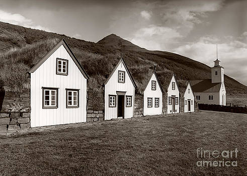 Iceland historic houses by Sergey Korotkov