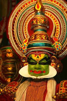 Sumit Mehndiratta - indian kathkali dance of kerela 4