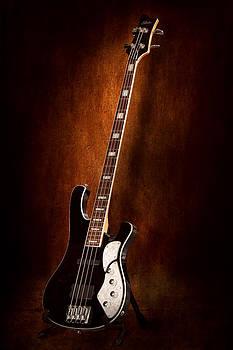 Mike Savad - Instrument - Guitar - High strung