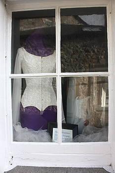 Yvonne Ayoub - Ireland Kilkenny 10 Bridal couturiers atelier