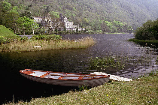 Kylemore Abbey by Gerry Mann