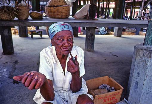 Johnny Sandaire - Lady smoking pipe
