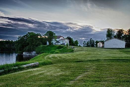 Lake Winnipeg Home by Scott Holmes