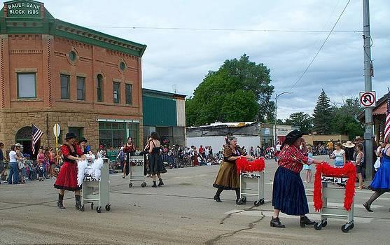 FeVa  Fotos - Library Ladies on Parade