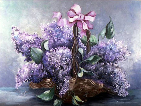 Lilac boque in a Basket by Peggy Mars