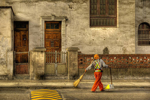 Lima Street Sweeper by Gerry Mann