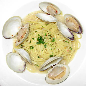 Anne Babineau - linguine with clams