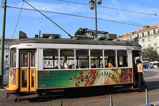 Lisboa by Ana Cristina Moraes