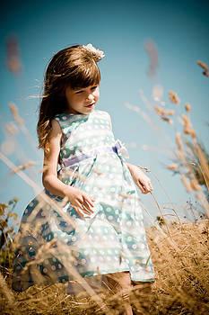 Matt Dobson - Little Girl in a Field