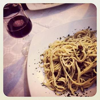 Macarrone and Wine by Luciana Couto