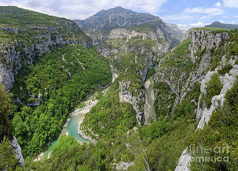 Sami Sarkis - Meander of Verdon river in valley