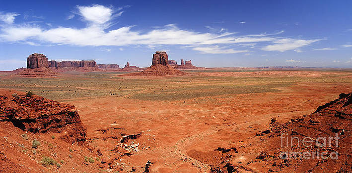 Monument valley by Tomaz Kunst