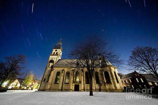 Moving World - Sankt Vitus Church by Thomas Splietker