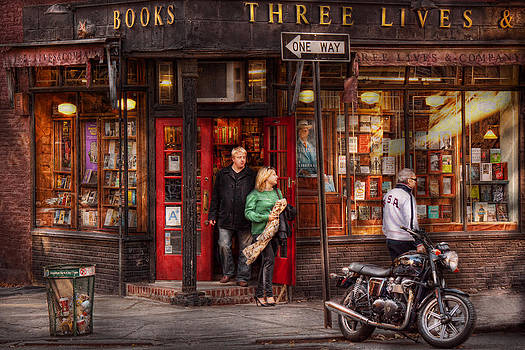 Mike Savad - New York - Store - Greenwich Village - Three Lives Books