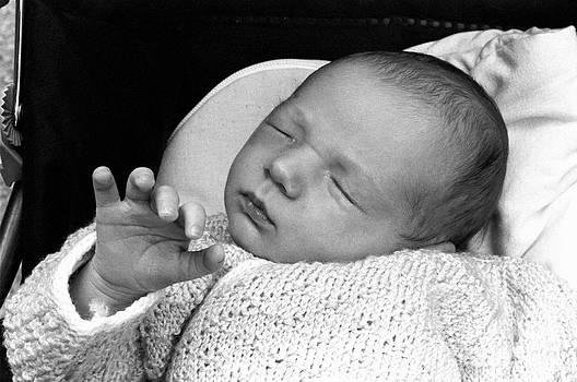 Sami Sarkis - Newborn baby girl sleeping in her stroller