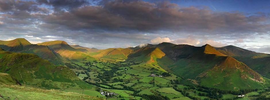Newlands Valley Dawn by Stewart Smith