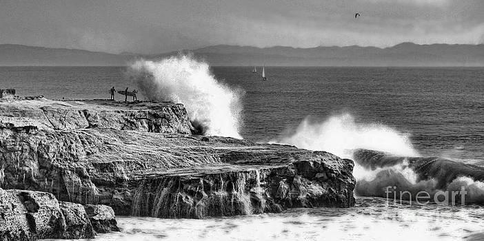 Chuck Kuhn - Ocean Roars BW