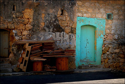Old Gozo by Gunnar Boehme