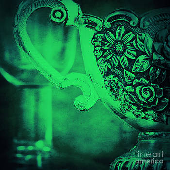 Angela Doelling AD DESIGN Photo and PhotoArt - Old silver green motion