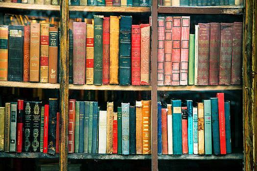 Paris Books by Claude Taylor