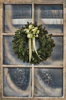 Tom Biegalski - Pine wreath on frosted window
