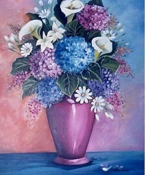 Pink Pot by Ansie Boshoff